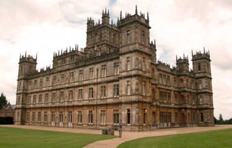 downton_abbey_house_picture_collection-800x600